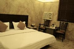 Hotel Maan K in New Delhi India budget category Image