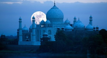 Image Agra Taj Mahal Same Day Tour from Delhi